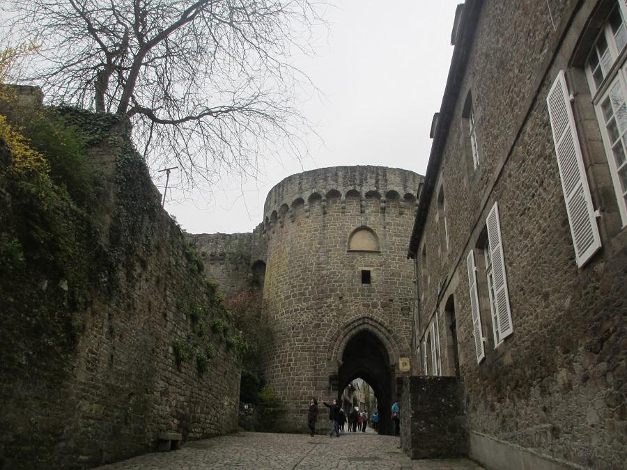 entre-chateau-dinan