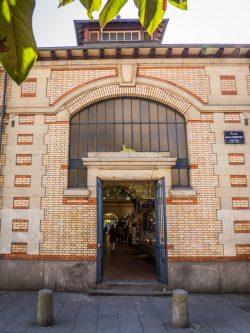 Entrée des Halles de Rennes