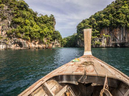 A bord d'un longtail boat