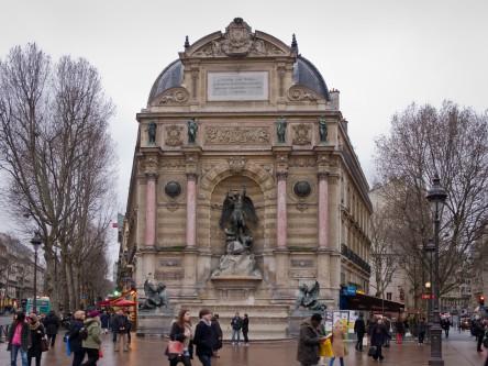 Fontaine_Saint-Michel_de_Paris