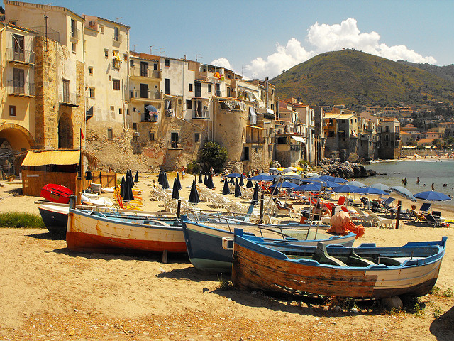 Plage de Cefalu, photo Flickr par Miguel Virkkunen Carvalho