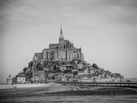 mont-saint-michel-noir-blanc