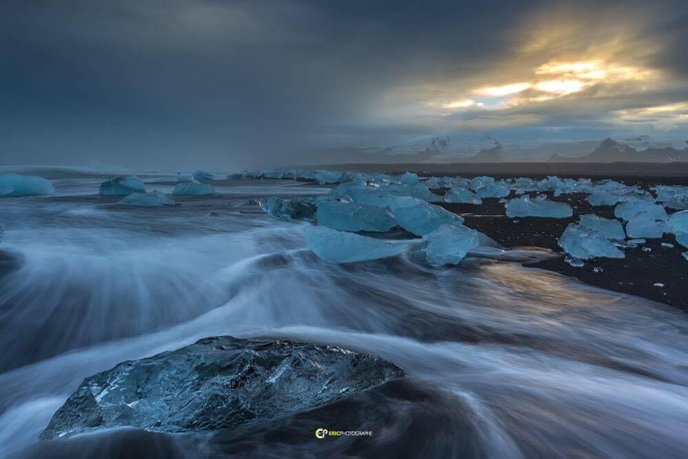 Plage au bord du glacier Jokulsarlon