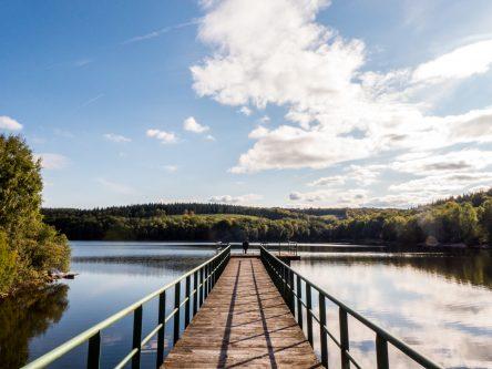 Le barrage du lac de Saint-Agnan