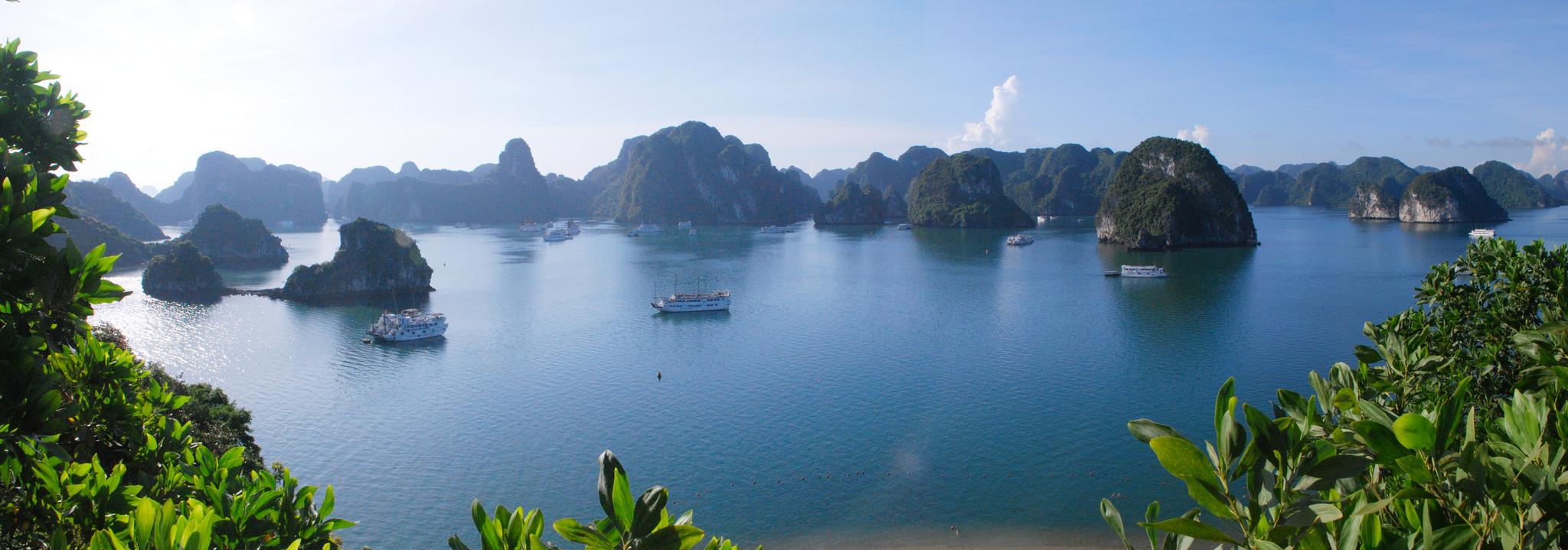 Panorama sur la baie d'Halong