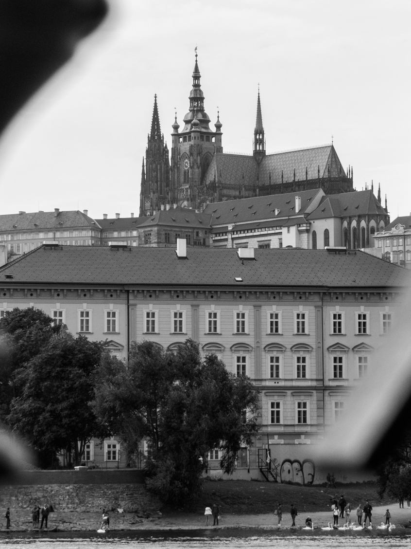 chateau prague noir blanc
